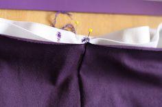 Hazeltjes: Elastiek inzetten met de lockmachine Cover Lock, Sewing Techniques, Crochet, Handmade, Stitching, Fashion, Gift, Costura, Moda