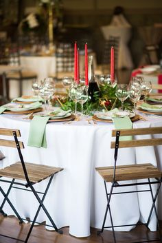 Italian inspired reception - photo by Green Apple Photography http://ruffledblog.com/italian-wedding-inspiration-with-pops-of-red