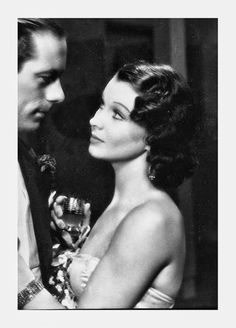 Rex Harrison and Vivien Leigh in Sidewalks of London (Tim Whelan, Old Hollywood Stars, Hollywood Icons, Old Hollywood Glamour, Golden Age Of Hollywood, Vintage Hollywood, Hollywood Actresses, Classic Hollywood, Actors & Actresses, Vivien Leigh