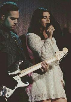 Lana Del Rey and Blake Lee in Massachusetts #LDR #Endless_Summer_Tour