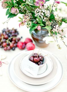 Whimsical table setting with flowers and cherries #place setting #wedding #decor