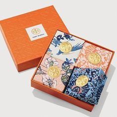 Visit Tory Burch to shop for Bath Soap, Set Of 4 and more Womens View All. Find designer shoes, handbags, clothing & more of this season's latest styles from designer Tory Burch. Tea Packaging, Luxury Packaging, Pretty Packaging, Brand Packaging, Perfume Packaging, Packaging Ideas, Home Made Soap, Packaging Design Inspiration, Box Design