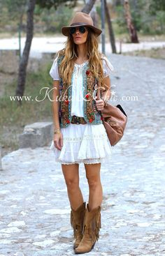 IMG_7714 #womensfashionbohocuteoutfits Ropa Shabby Chic, Boho Chic, Moda Outfits, Cute Outfits, Botas Boho, Hippie Chic Outfits, Hippie Stil, Country Style Outfits, Ibiza Fashion