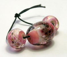 Pink Dragon Skin Bead Set 3 Beads by amazingbeads on Etsy, €12.00