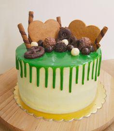 Piękny świąteczny tort w moim ulubionym stylu drip cake :)