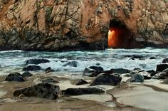 Keyhole Rock at Pfeiffer Beach in Big Sur California provides a beautiful ocean cave sunset photograph. Beautiful Ocean, Life Is Beautiful, State Parks, Sea Cave, Big Sur California, Aesthetic Wallpapers, Places To Go, Scenery, Images