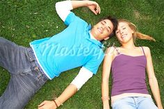 A teenage couple lying down on the grass. Young Love Photography, Couple Photography, Photography Ideas, Cute Friend Photos, Cute Friends, Teenage Couples, Cute Couples, Picture Ideas, Photo Ideas