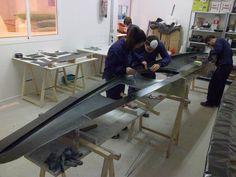 El objetivo es fabricar un kayak groenlandes, ya que por su forma y cualidades creo que es el que mejor se adapta a formas fluviales de Sa...