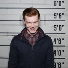 Cameron Monaghan's Jerome Teased to Return in Season Three of Gotham. It looks like we may not have seen the last of Jerome on Gotham. Gotham Joker, Joker And Harley, Harley Quinn, Gotham Tv Series, Drama Tv Series, Jerome Gotham, Gotham City, Gotham Season 2, Der Joker