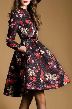 Vintage V-Neck Long Sleeve Floral Printed Pleated Dress For Women
