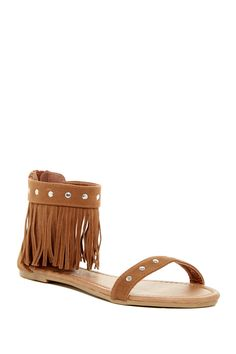 These Totem Fringe Sandals are so ready for festival season!