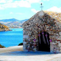 Simple as that 💗 #rosetta #rosettaflowers #rosettaeventi #myflowers #nature #beach #greece #greekwedding #sea #vsco #natgeo #church #bridal #wedding #decoration #instadaily #instamood #inspiration #weddinginspo #bridalflowers