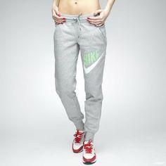 joggebukse fra Nike.