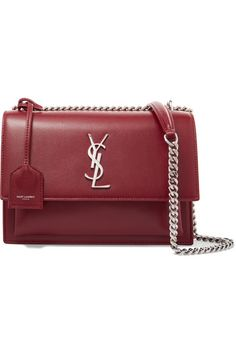 Merlot leather Snap-fastening front flap Designer color: Pallisandre Weighs approximately 2.4lbs/ 1.1kg Made in Italy