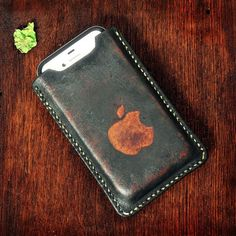 iPhone 4s Leather Sleeve
