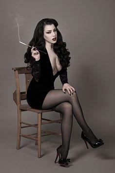 Model: Threnody In Velvet Photo: Daniel Ackerley... - Gothic and Amazing