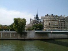 Paris apartment rental is on the Ile de la Cite, right behind Notre Dame