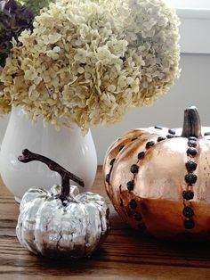 20 Thanksgiving Centerpieces. We love these metallic pumpkins! http://www.hgtv.com/entertaining/20-thanksgiving-centerpieces/pictures/page-3.html?soc=pinterest