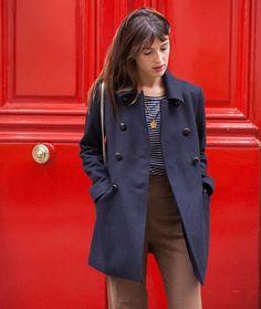 NEW caban LOU navy available on the eshop ❤️ Jeanne Damas, Alexa Chung, Estilo Jane Birkin, Parisian Chic Style, Casual Chique, Sassy Pants, Future Clothes, French Fashion, Paris Fashion