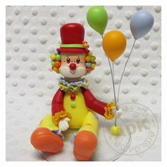 Clown Cake Polymer Clay Figures, Polymer Clay Miniatures, Fondant Figures, Circus Theme, Circus Party, Clown Cake, Emoji Coloring Pages, Ladybug Cakes, Circus Cakes
