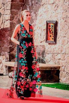 dd0880431 Las 103 mejores imágenes de Vestidos de fiesta verano 2016   Fiestas ...