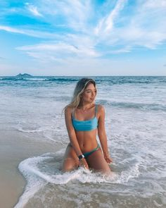Poses Para Fotos En La Playa – Aufloria - Ill Tutorial and Ideas Story Instagram, Instagram Beach, Fotos Strand, Cute Beach Pictures, Beach Pics, Beautiful Pictures, Bikini Poses, Insta Photo Ideas, Summer Photography