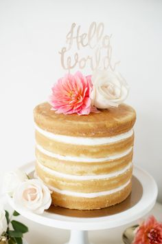 Naked cake perfection: http://www.stylemepretty.com/living/2015/01/15/hello-world-baby-shower/ | Photography: Taya - http://www.tayaphotography.com/