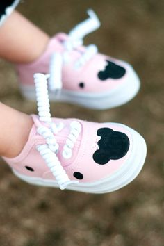 hand painted shoes Children's shoes Pink Minnie by Snanimals. $24.00, via Etsy.
