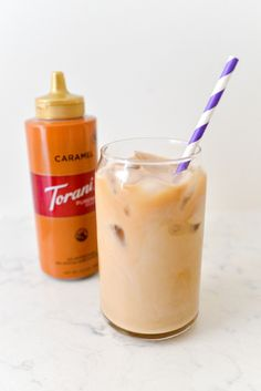 Super Simple Caramel Iced Coffee Recipe - CoffeeSphere Cold Coffee Drinks, Making Cold Brew Coffee, Caramel Iced Coffee Recipe, Coffee Recipes, Iced Mocha, Iced Latte, Cold Brew Coffee Concentrate, Coffee Brewing Methods