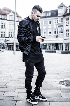 overdeauxis: sergiu-jurca: Team Sweater http://representclothing.co.uk/representclo#Represent #representclo Represent Clothing Follow Overdeauxis, The Streetfashion Bible!