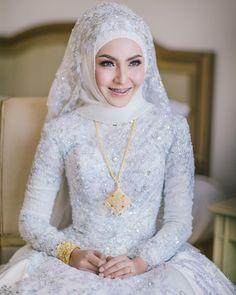 Muslim Wedding Gown, Muslimah Wedding Dress, Wedding Hijab, Modest Wedding Dresses, Bridal Dresses, Bridal Hijab, Hijab Bride, Bridal Outfits, Hijab Gown