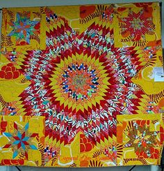 Selvage Blog: Fabulous Quilt by Freddy Moran