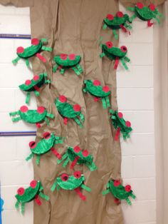 Rainforest Theme --- red eyed tree frog by paulaqwest Rainforest Preschool, Rainforest Classroom, Rainforest Crafts, Rainforest Project, Preschool Jungle, Jungle Crafts, Jungle Theme Classroom, Rainforest Theme, Rainforest Animals