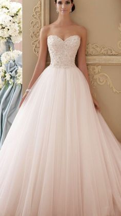 33 Pretty Wedding for Your Wedding - part mariage mariage boheme champetre champetre deco deco robe romantique decorations dresses hairstyles Pink Wedding Dresses, Bridal Dresses, Dress Wedding, Wedding Dress Princess, Lace Dresses, David Bridal Wedding Dresses, Bridesmaid Dresses, Dipped Wedding Dress, Poofy Wedding Dress