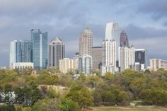 Welcome to Atlanta! Whether you've lived here for decades or are planning your first visit, we are here to help. This incredibly vibrant city is full of culture, Southern hospitality and attractions for every personality