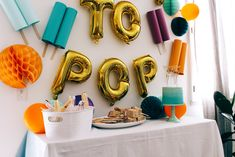 My best friend is having her first baby (a boy! Baby Shower Planner, First Baby, Popsicles, I Am Awesome, Pallets, Ice Cream Pops, Ice Candy, Ice Pops, Slushies