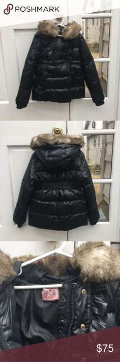 Girls Juicy Couture Winter Coat Warm and cute Juicy Couture winter coat. Faux fur hood. 80% down, 20% feather filled. Removable hood. Perfect condition Juicy Couture Jackets & Coats Puffers