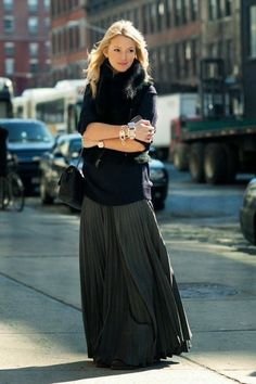 maxi dress outfit1 How to Style Fall Dresses