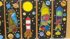 Raketit puutikuista, väritys vahaliiduilla, planeetat värityskuvina. Mallikuvat: Kati Kujanpää Space Preschool, 3rd Grade Art, Space And Astronomy, Science Art, Art Plastique, Teaching Art, Solar System, Art School, Art Education
