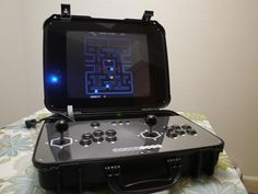 PortaMAME - Arcade in a Briefcase