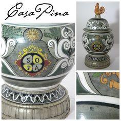 Sopera cerámica en alta temperatura decorada a mano con aplicaciones de plata alemana. Firmada Jesús Guerrero Santos ´96. Tlaquepaque, Jalisco. Siglo 20. Informes: integradoradeartedelnoreste@gmail.com