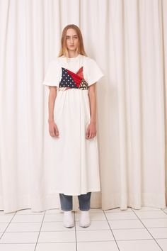 See the complete MM6 Maison Margiela Spring 2018 Ready-to-Wear  collection.