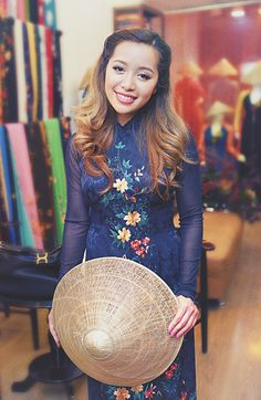 Love her videos~ Michelle Phan Ugly Outfits, Chic Outfits, Female Character Inspiration, Style Inspiration, Fashion Beauty, Fashion Looks, Fashion 2014, Michelle Phan, Style Finder