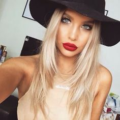 19 Ideas For Hair Color Blonde Medium Red Lips Kiss Makeup, Beauty Makeup, Hair Makeup, Hair Beauty, Makeup Lipstick, Blonde Color, Hair Color, Blonde Layers, Gorgeous Makeup