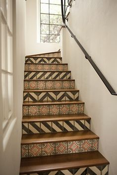 The beautiful design of your home staircase can be added using some beautiful tiles too. The staircase tiles will not only decorate the stairs but also become a symbol of your home stylish style. Tiled Staircase, Tile Stairs, Basement Stairs, Mosaic Stairs, Attic Stairs, Modern Staircase, Floor Design, House Design, Tile Design