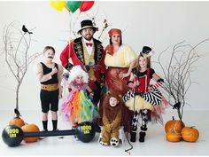 Circus family Halloween costumes!
