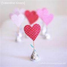 Paper Craft ideas for Valentine's Day {TUTORIALS!}