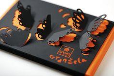 bella idea! bello soprattutto il contrasto nero-arancio