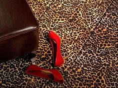 Leopard Tiles!! Oh my, i want these!!!