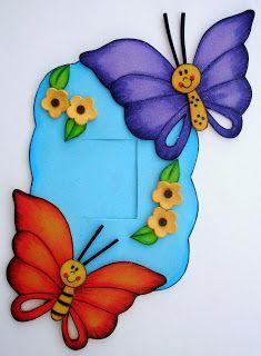 GuelaFoami: Mariposas al viento (Apagadores) Foam Crafts, Diy And Crafts, Crafts For Kids, Paper Crafts, Class Decoration, School Decorations, Birthday Charts, Star Wars Prints, Merian